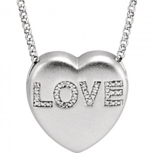 love-pendants-hello-diamonds