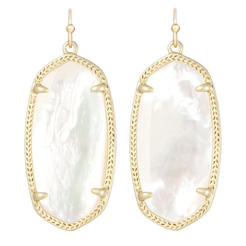 https://www.hellodiamonds.com/upload/product/elle-earring-gold-ivorymotherofpearl.jpg